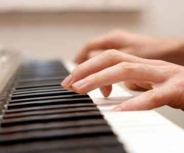 Відкриття експрес-курсів: «Guitar. First steps» та «Piano. First steps»